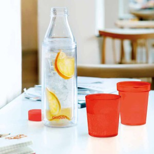 אלדין - Crave  בקבוק מים מבודד עם  2 כוסות אדומות, 0.75 ליטר  ללא BPA